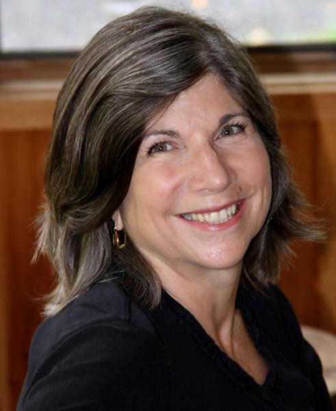 Head shot of Anna Quindlen